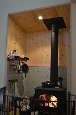 薪ストーブと暮らす自然回帰の家。画像04