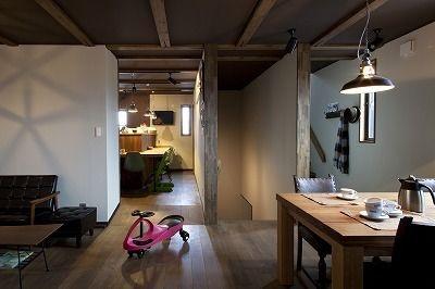 屋上ベランダのあるミッドセンチュリーの家画像03