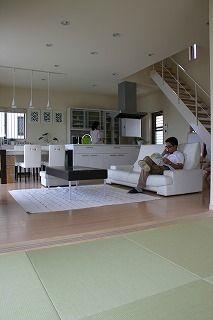 家族の時間の密度を上げる家 広陵町O邸画像02